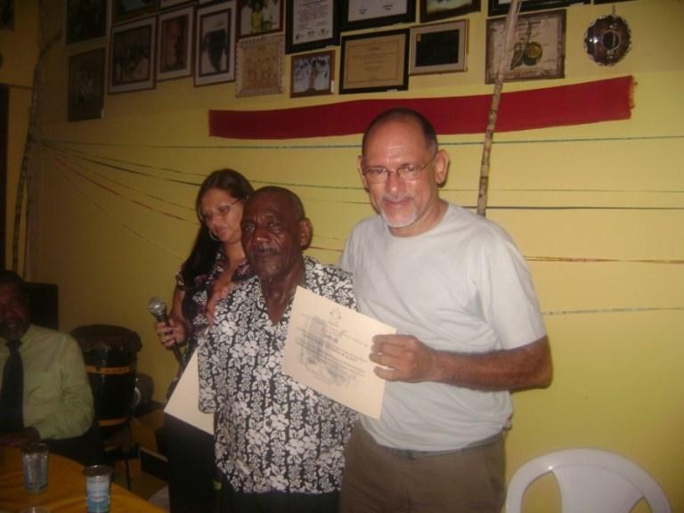 Portal Capoeira RESISTIR OU AVANÇAR? Publicações e Artigos