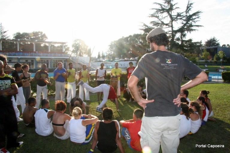 Portal Capoeira Évora, um novo capítulo na Capoeira. O verdadeiro encontro de Bambas! Capoeira Publicações e Artigos