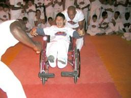 Portal Capoeira Santos: Capoeira apresenta resultados positivos na inclusão de deficientes Capoeira sem Fronteiras