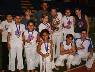 Portal Capoeira Projeto Ginga Menino, do Grupo Capoeira Aliance, obtém títulos Cidadania