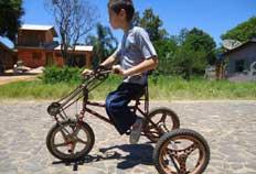 Pequeno capoeirista de Torres é exemplo de superação