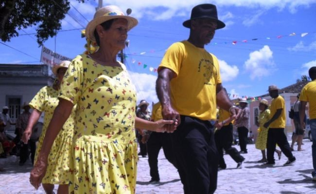 Portal Capoeira A folia cultural toma conta de Laranjeiras Cultura e Cidadania
