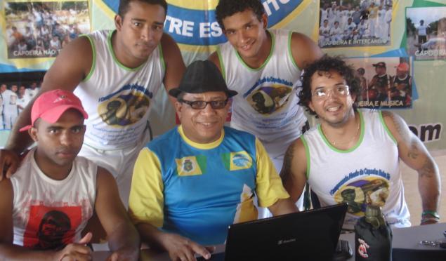 Portal Capoeira Capoeiristas Cearenses unidos para dar uma rasteira nas drogas Cidadania