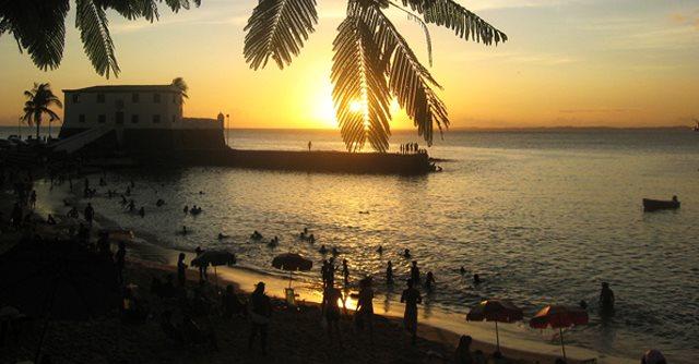 Portal Capoeira Empresários da Praia do Forte mostram cultura local Cultura e Cidadania
