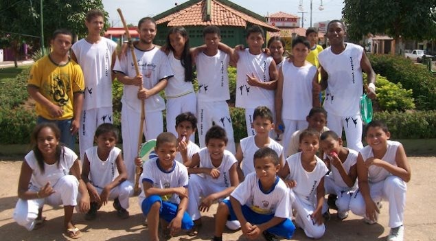 Portal Capoeira Projeto de capoeira em Buriti do Tocantins vem fazendo a diferença entre a juventude local. Cidadania