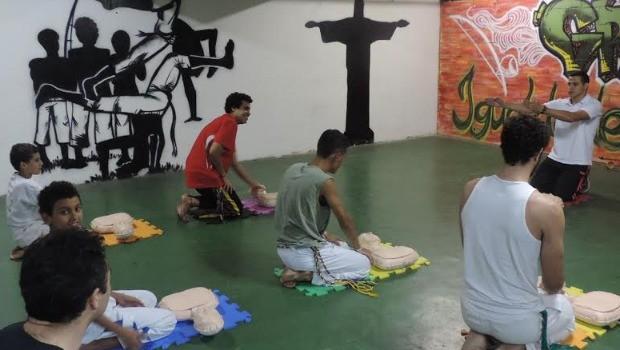 """Portal Capoeira PUC-Rio: Grupo Igualdade e Projeto """"Atleta do Coração"""" Notícias - Atualidades"""