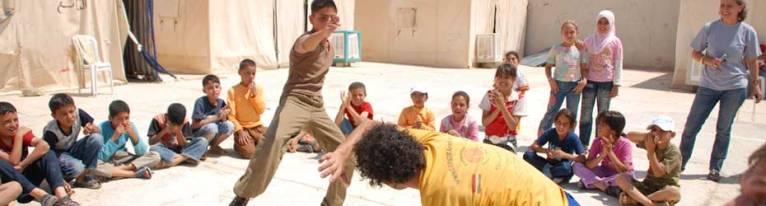 Portal Capoeira ONG ensina capoeira a jovens árabes refugiados Cidadania