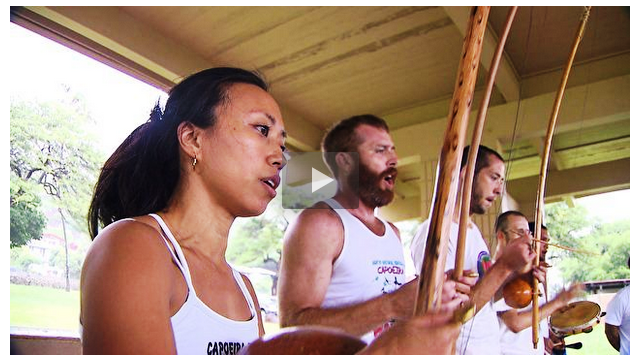 Portal Capoeira Brasileiros revelam como é viver no Havaí e mostram suas atividades Curiosidades