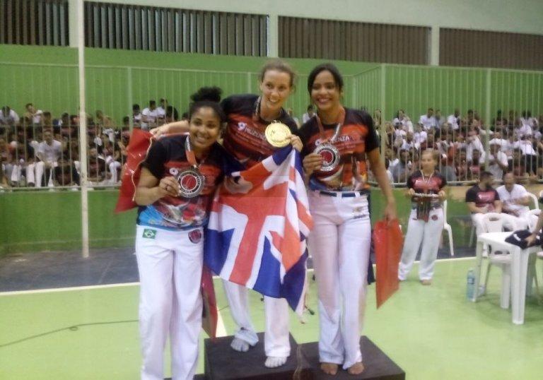 Boneca, capoeirista piauiense é destaque em competição mundial