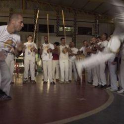 """""""Capoeira Gospel"""" cresce e gera tensão entre evangélicos e movimento negro Capoeira Cidadania Curiosidades 2"""