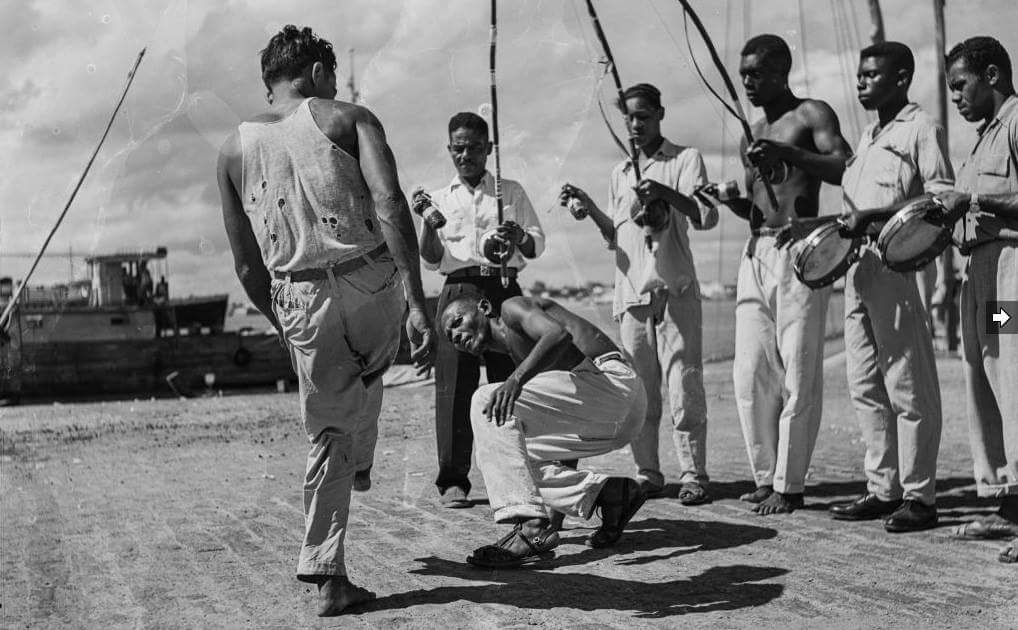 Ginga... Papoeira Portal Capoeira