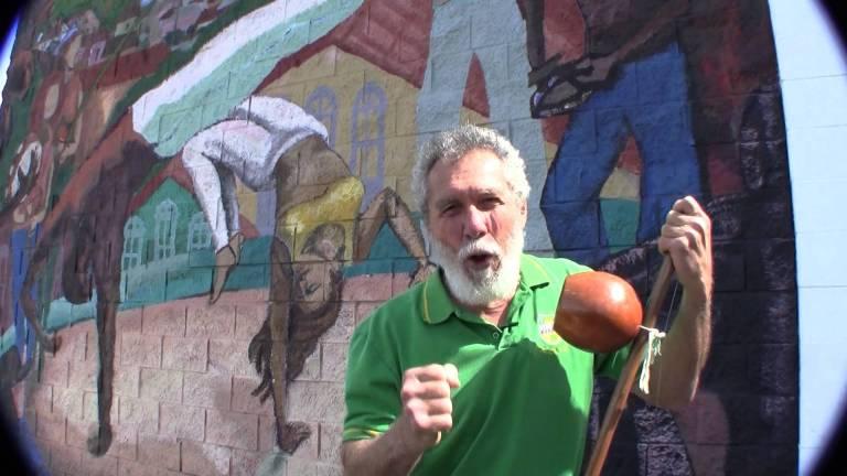 Portal Capoeira A Capoeira não é uma obra completamente acabada, exclusiva de um grupo de pessoas Capoeira Mestres