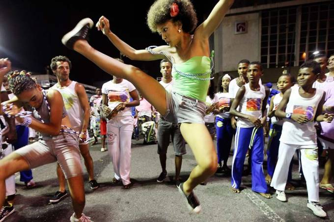 Portal Capoeira O futebol é o nosso esporte? Que nada, é a Capoeira! Capoeira Publicações e Artigos