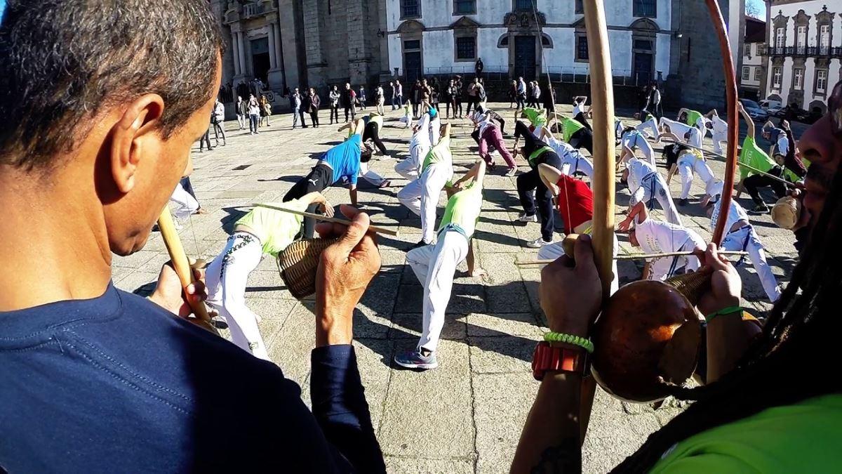 Portal Capoeira Capoeira: a memória social construída por meio do corpo