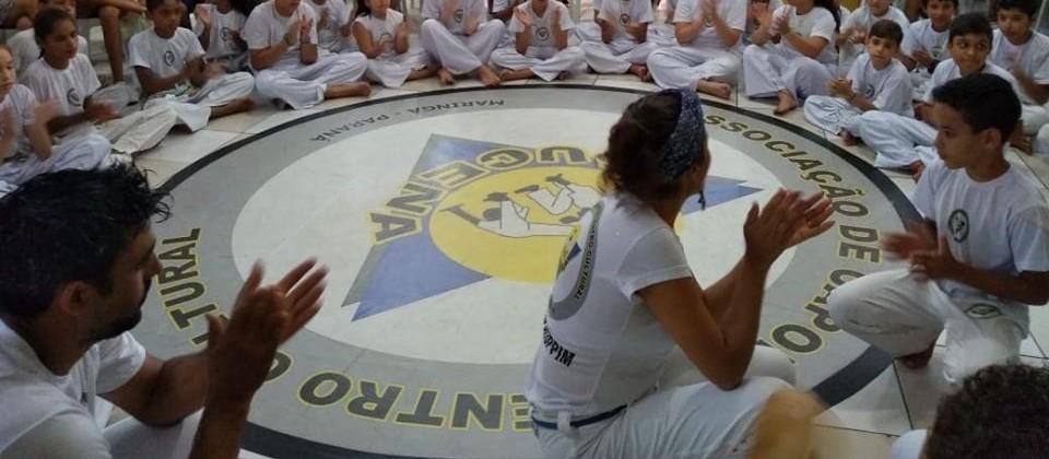 Grupos artísticos buscam doações para se manter em Maringá Capoeira Portal Capoeira