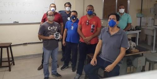 Professores e engenheiros criam central de reparos de ventiladores mecânicos