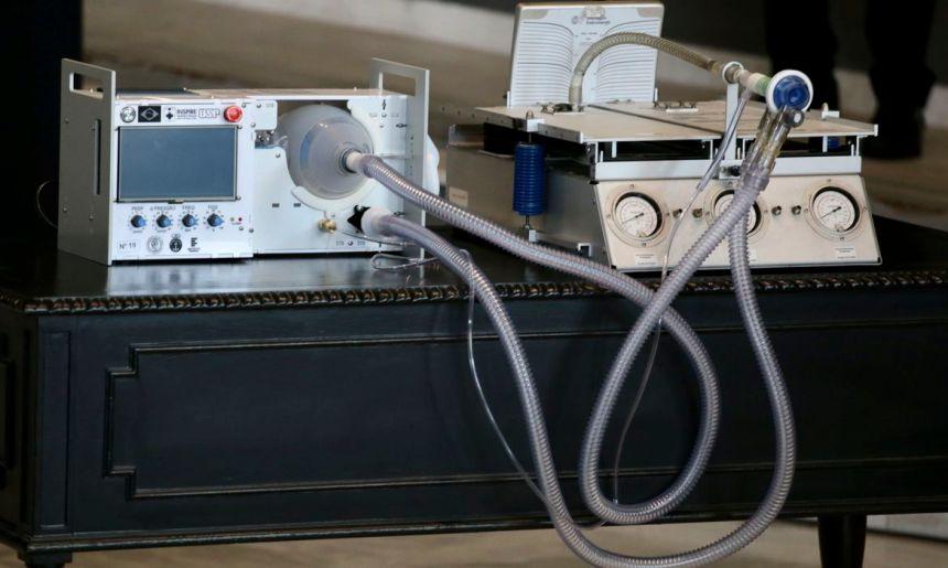 Engenheiros se unem para consertar respiradores no Rio de Janeiro