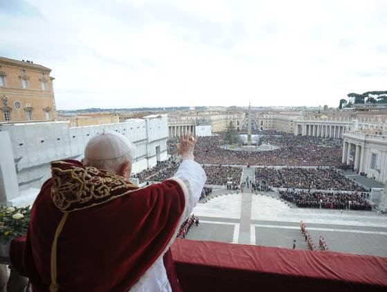 pope-benedict-xvi-urbi-et-orbi-message-from-st-peters-basilica