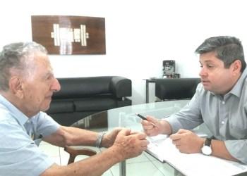 Diretor do Jornal Contexto, Vander Lúcio Barbosa, conversa com o professor e historiador João Asmar e fica sabendo de cada causo...