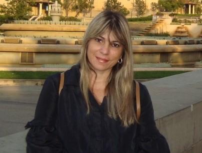 Carmen Eugenio, lança o livro ''Escartelate - Poesia em Toda Esquina