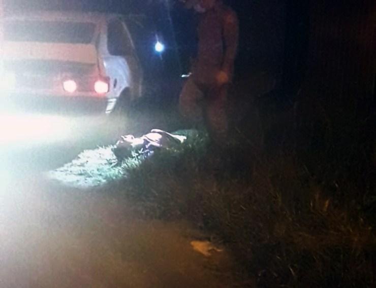 Jovem é morto a tiros na frente da casa da ex-namorada na virada do réveillon