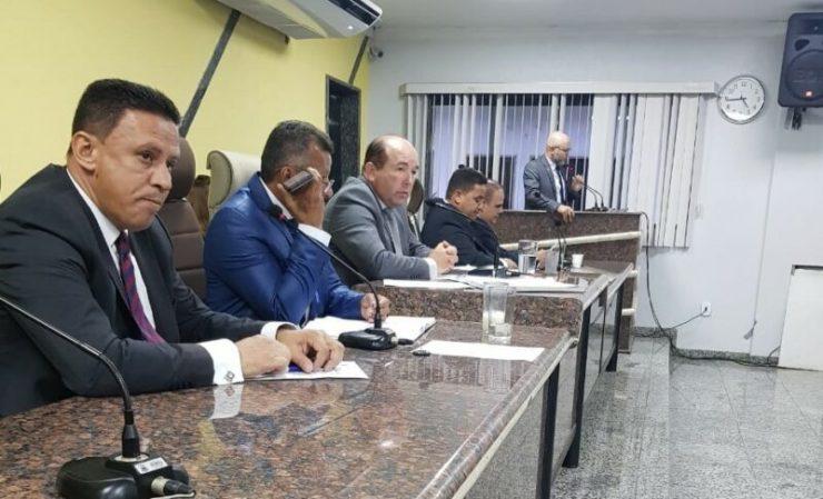 Com 100% de presença, Palitot participa de abertura do 4º ano legislativo.