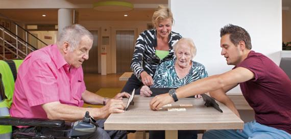 holanda-incentiva-estudantes-a-morarem-em-residencias-para-idosos