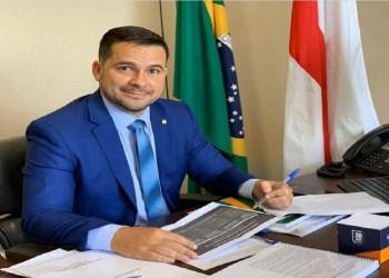 CAPITÃO ALBERTO NETO LIDERA TRANSPARÊNCIA NO CONGRESSO NACIONAL
