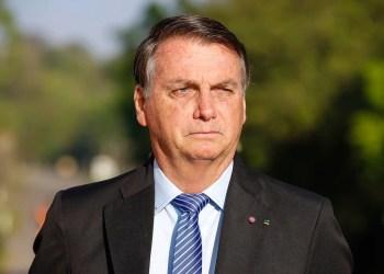 """Bolsonaro justifica alta na conta de luz: """"Poderemos ter apagões"""""""