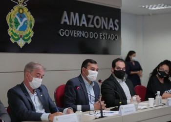 GOVERNADOR VAI AMPLIAR PROGRAMA ÁGUA BOA PARA ALCANÇAR MAIS 800 MIL PESSOAS COM ÁGUA POTÁVEL NO INTERIOR