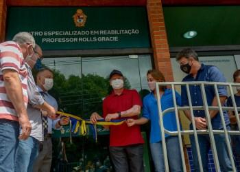 Prefeito Arthur Neto inaugura primeiro Centro Especializado de Reabilitação pós-Covid da região Norte