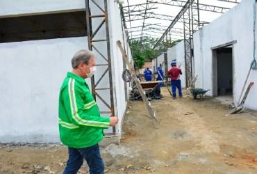 """""""Estou deixando um legado para Manaus"""", diz Arthur, ao conferir andamento de obras na cidade"""