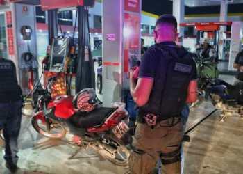 """Quatro pessoas são detidas e 14 veículos apreendidos na """"Operação pela Vida"""""""