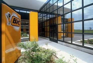 Empresa BIC não libera os funcionários infectados com covid
