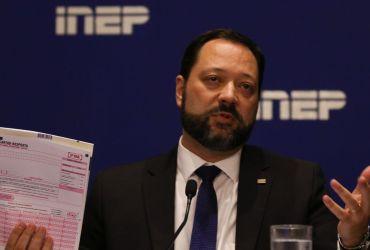O presidente do Inep, Alexandre Lopes, apresenta detalhes da força-tarefa aplicada para avaliação do resultado do Enem