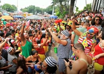 Ambev vai pagar R$ 255 para ambulantes prejudicados pela suspensão do Carnaval