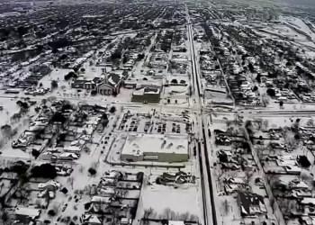 EUA: Onda de frio mata 26 pessoas, atrasa vacinação e deixa milhares sem energia