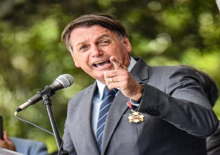 Bolsonaro diz que novo presidente da Petrobras irá 'arrumar' empresa