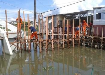 Prefeitura monitora bairros com riscos de ser atingidos pela cheia em Manaus