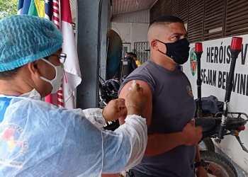 Benjamin Constant é o primeiro município do Amazonas a vacinar profissionais da área da segurança