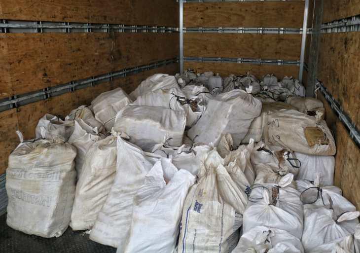 PM realizam a escolta de 3,2 toneladas de drogas apreendidas pela Base Arpão