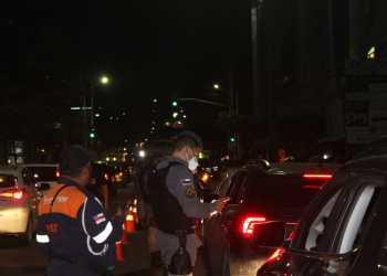 Operação 'Pela Vida' flagra 39 dirigindo sob efeito de bebidas alcoólicas no fim de semana, em Manaus
