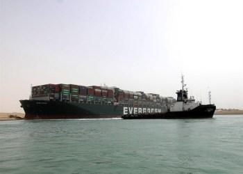 Saiba como navio encalhado em Suez pode impactar em seu bolso
