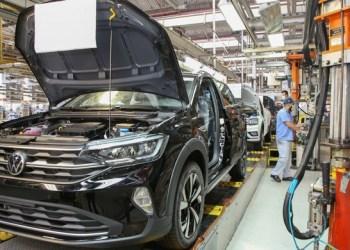 Volkswagen suspende produção no Brasil por causa do avanço da pandemia