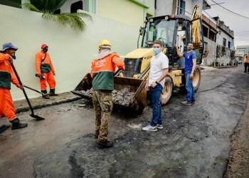 Mutirão de infraestrutura revitaliza cerca de 30 ruas no Mauazinho