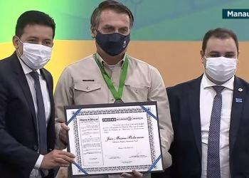 Presidente Jair Bolsonaro recebe título de cidadão amazonense