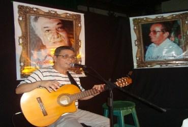'Poesia solta na rua. Porém, fique na rede' traz música e poesia nas quintas-feiras de abril