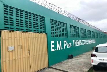 Escola tem aparelhos de ar-condicionado furtados na Zona Leste