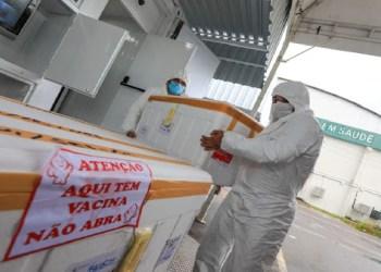 FVS-AM assegura que não houve perda de vacinas contra Covid-19 por prazo de validade vencido