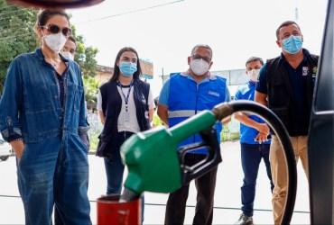 Comissão de Defesa do Consumidor da Câmara e Procon-Am fiscalizam postos de combustíveis